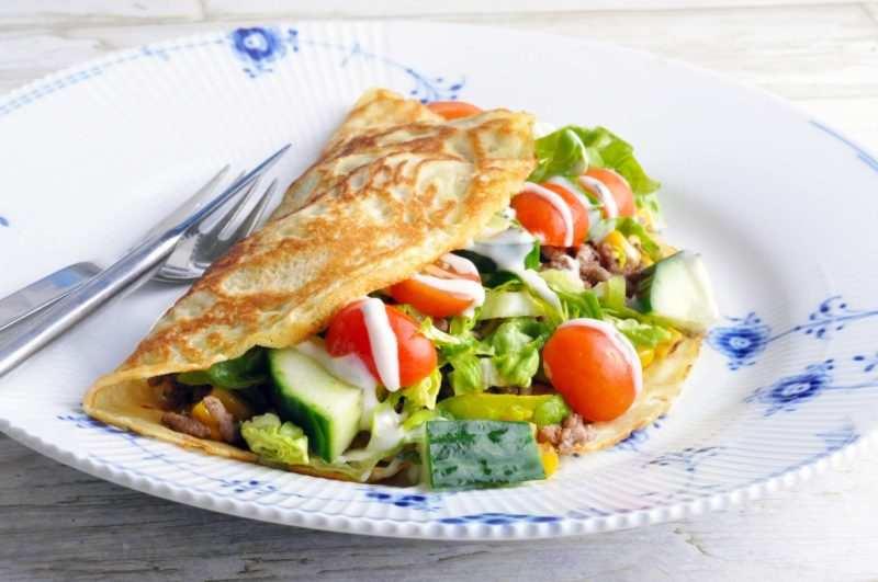 Savoury crepes with beef mince and salad